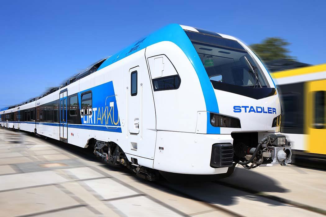 Stadler Bahn FLIRTAKKU in Velten.